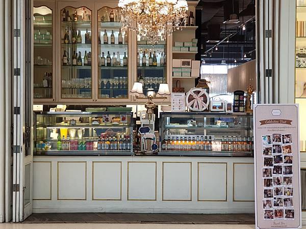 泰國曼谷CENTRAL EMBASSY:Audrey Cafe Glamour (14).jpg