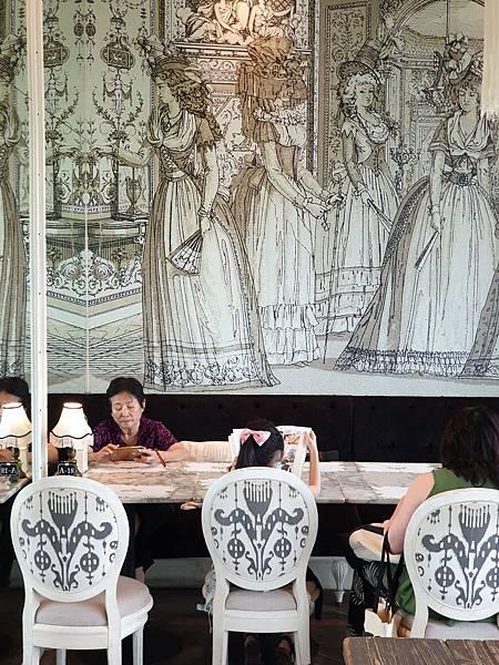 泰國曼谷CENTRAL EMBASSY:Audrey Cafe Glamour (18).jpg