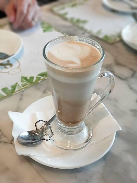 泰國曼谷CENTRAL EMBASSY:Audrey Cafe Glamour (22).jpg