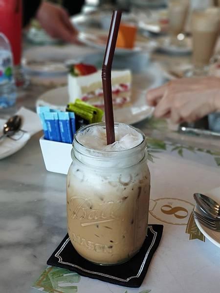 泰國曼谷CENTRAL EMBASSY:Audrey Cafe Glamour (28).jpg
