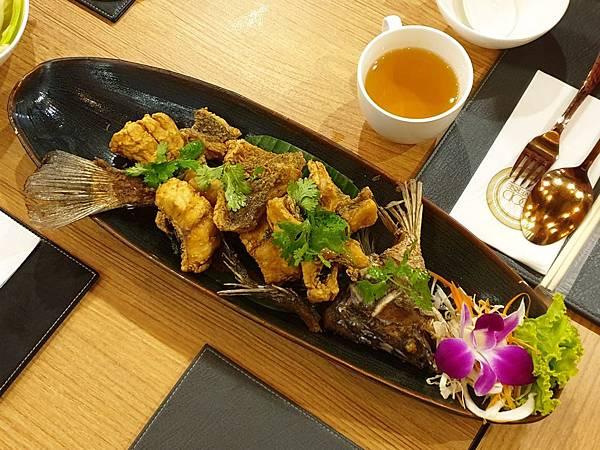 泰國曼谷FOOD UNIVERSE Thai International Cuisine (2).jpg