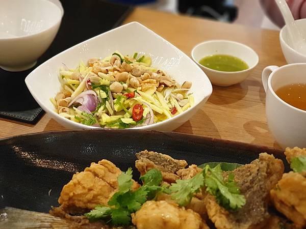 泰國曼谷FOOD UNIVERSE Thai International Cuisine (4).jpg