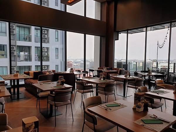 泰國曼谷AVANI Sukhumvit Bangkok:Greenhouse Restaurant %26; Terrace (6).jpg