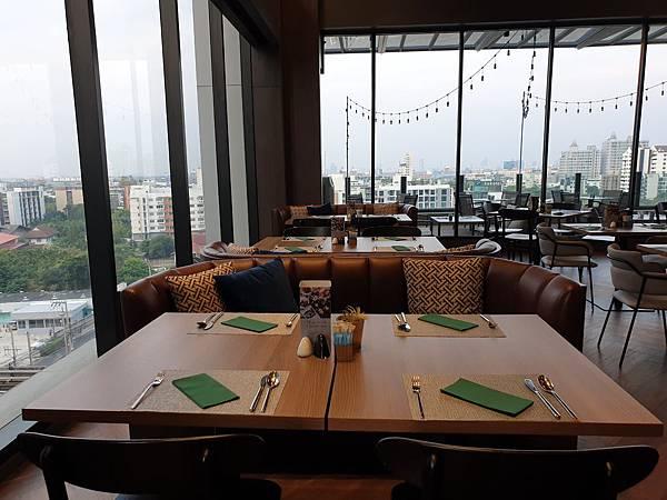 泰國曼谷AVANI Sukhumvit Bangkok:Greenhouse Restaurant %26; Terrace (32).jpg