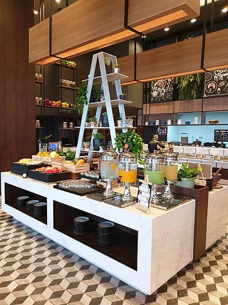 泰國曼谷AVANI Sukhumvit Bangkok:Greenhouse Restaurant %26; Terrace (35).jpg