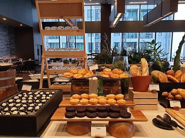 泰國曼谷AVANI Sukhumvit Bangkok:Greenhouse Restaurant %26; Terrace (36).jpg