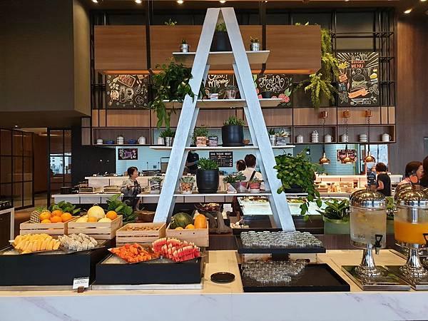 泰國曼谷AVANI Sukhumvit Bangkok:Greenhouse Restaurant %26; Terrace (38).jpg
