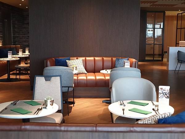 泰國曼谷AVANI Sukhumvit Bangkok:Greenhouse Restaurant %26; Terrace (31).jpg