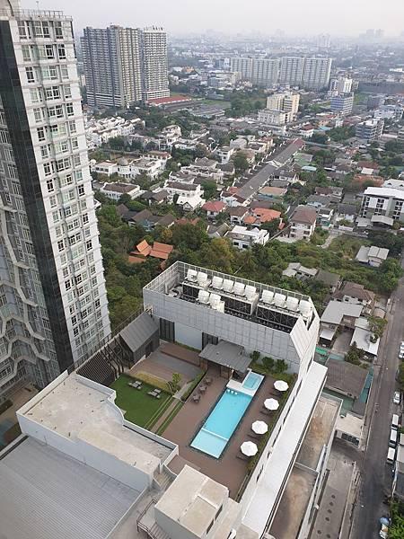 泰國曼谷AVANI Sukhumvit Bangkok:Swimming Pool (1).jpg