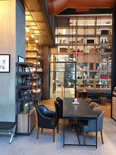 泰國曼谷AVANI Sukhumvit Bangkok:The Coffee Club (3).jpg