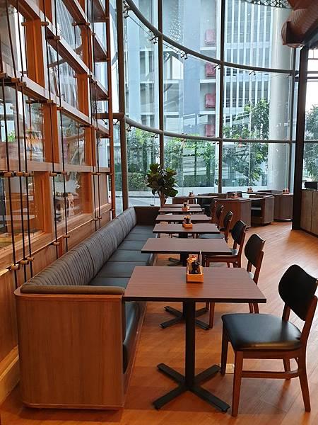 泰國曼谷AVANI Sukhumvit Bangkok:The Coffee Club (1).jpg