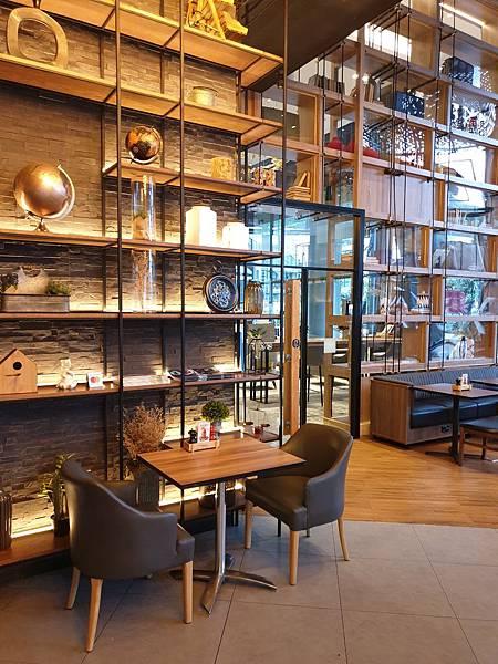 泰國曼谷AVANI Sukhumvit Bangkok:The Coffee Club (13).jpg