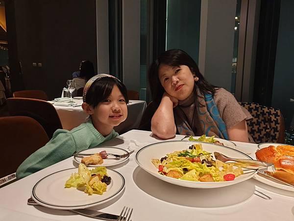 亞麻的生日大餐 (7).jpg