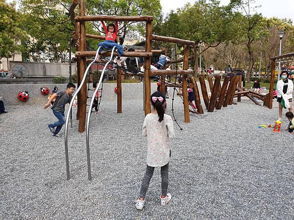 亞亞的興隆公園 (8).jpg