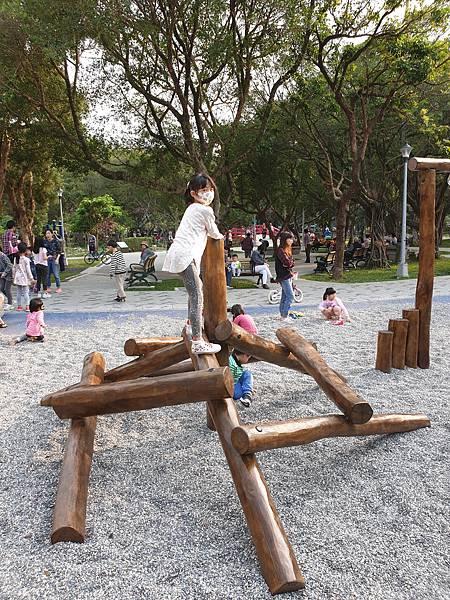 亞亞的興隆公園 (16).jpg