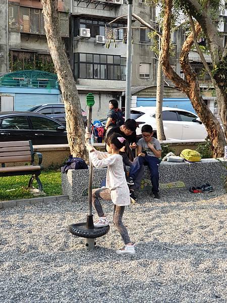 亞亞的興隆公園 (18).jpg