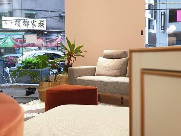 台北縣板橋市AJ2品牌Studio  Showroom板橋店 (1).jpg