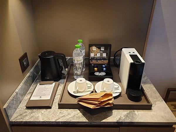 台北市臺北中山逸林酒店:逸林客房(大床) (2).jpg