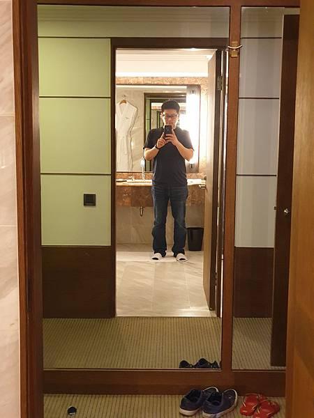 台北市台北晶華酒店:豪華客房 (11).jpg