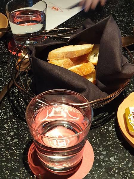 台北市台北大直英迪格酒店:T.R Bar %26; Kitchen (52).jpg