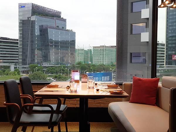 台北市台北大直英迪格酒店:T.R Bar %26; Kitchen (55).jpg