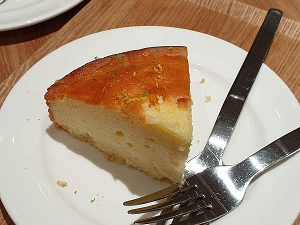台北市Fika Fika Cafe【信義遠百A13門市】 (12).jpg