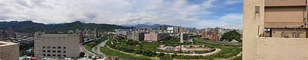 亞亞的屋頂 (2).jpg