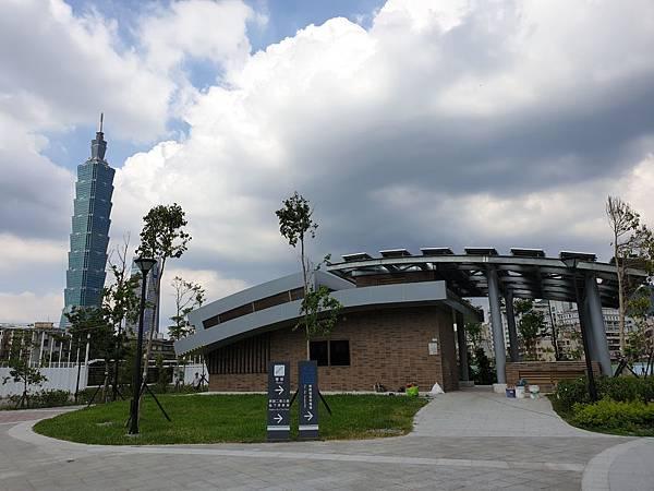 台北市景勤二號公園 (3).jpg