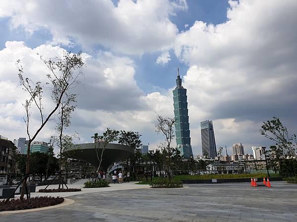 台北市景勤二號公園 (9).jpg