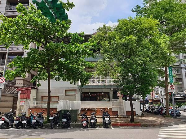 台北市CAFE de GEAR寧波店 (2).jpg