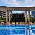 台北市台北美福大飯店:戶外恆溫游泳池 (1).jpg