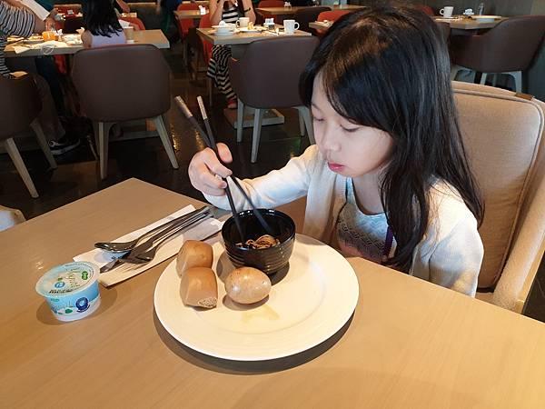 台北縣板橋市臺北新板希爾頓酒店:全日餐廳 - 悅 ‧ 市集 (5).jpg