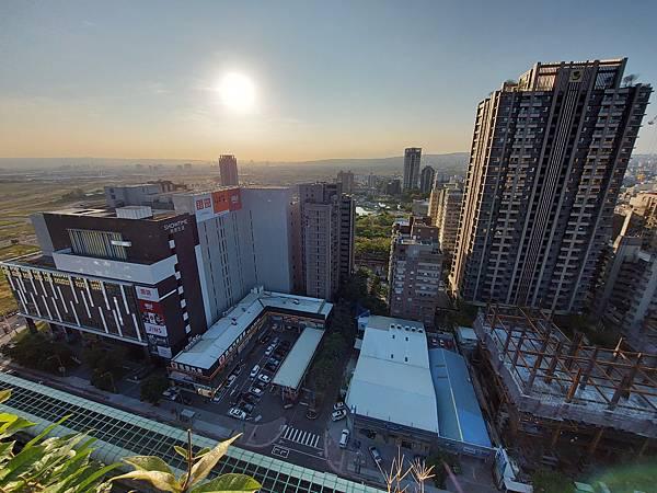 台中市台中MOXY酒店:XOXO Roofbar (5).jpg