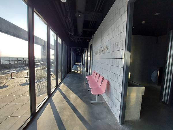 台中市台中MOXY酒店:XOXO Roofbar (11).jpg