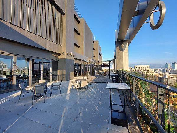 台中市台中MOXY酒店:XOXO Roofbar (13).jpg