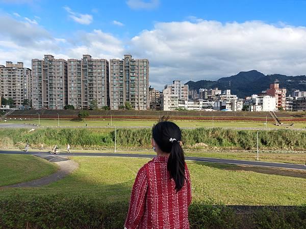 亞亞的河堤風光 (2).jpg