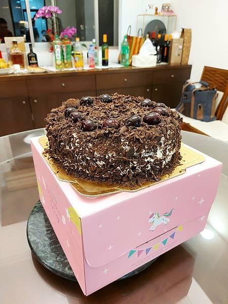 手作黑森林蛋糕《手削巧克力磚版》 (15).jpg
