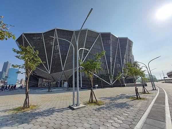 高雄市高雄流行音樂中心:高低塔 (35).jpg