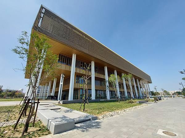 台南市台南市立圖書館:外觀 (3).jpg