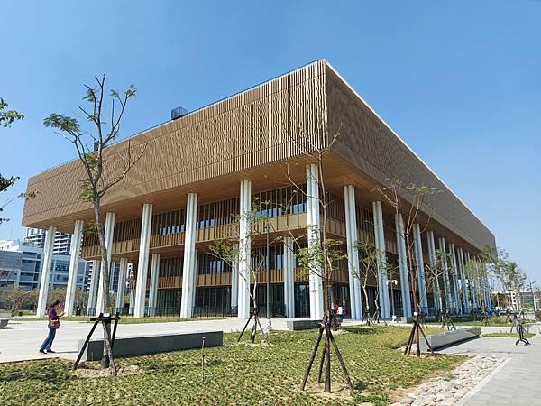 台南市台南市立圖書館:外觀 (4).jpg