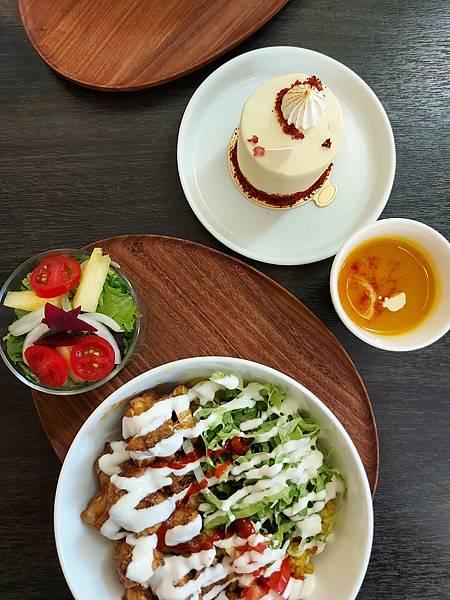 台中市YOLO MOMENT Cafe and Bakery (35).jpg