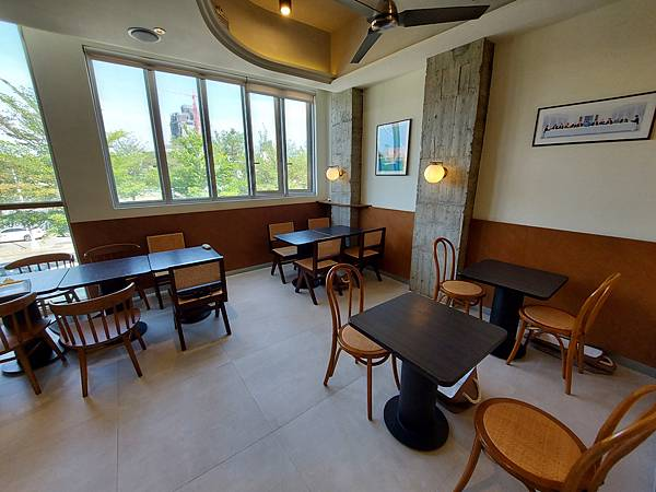 台中市YOLO MOMENT Cafe and Bakery (42).jpg