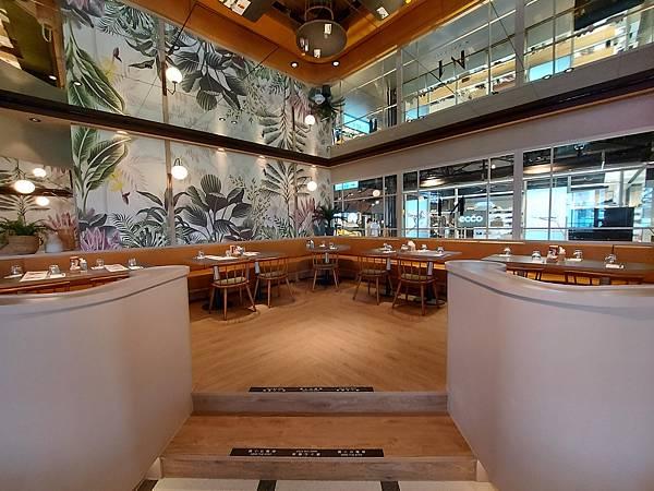 台北市M ONE CAFE A11館 (1).jpg