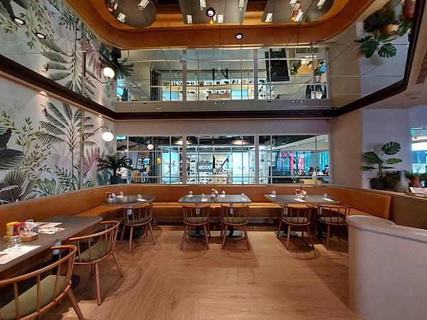 台北市M ONE CAFE A11館 (3).jpg