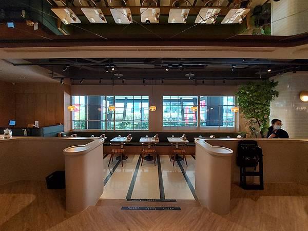 台北市M ONE CAFE A11館 (6).jpg