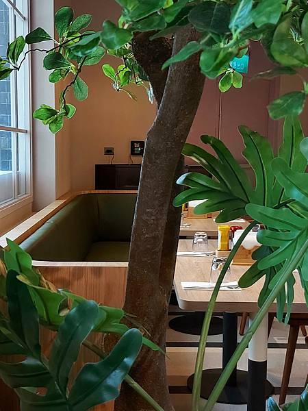 台北市M ONE CAFE A11館 (15).jpg