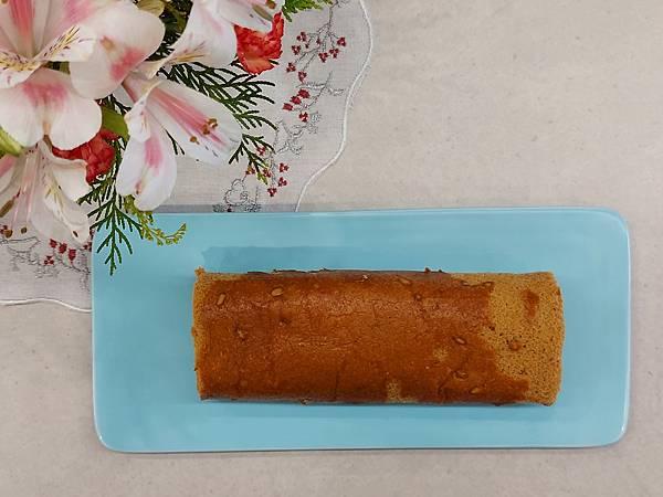 手作松子黑糖蛋糕捲 (2).jpg