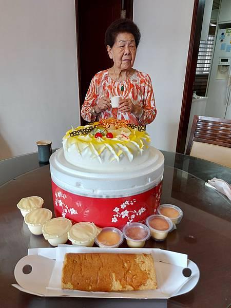 亞亞的2021母親節聚餐 (22).jpg