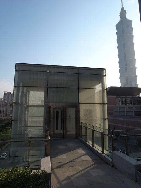 台北市台北寒舍艾美酒店:QUUBE (9).JPG