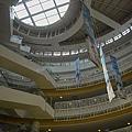 高雄市夢時代購物中心試營運蛋的空間仰景2.jpg